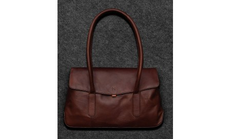 Tumble & Hide Tudor Leather Shoulder Bag - Brown