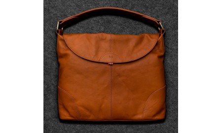 Tumble & Hide Tudor Leather Hobo Bag - Tan