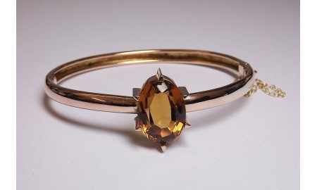 Pre-owned 9ct Gold Topaz Bangle