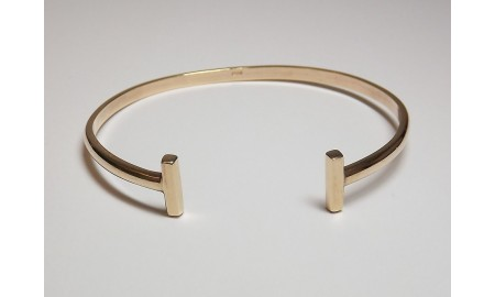 Pre-owned 9ct Gold Torque Bangle