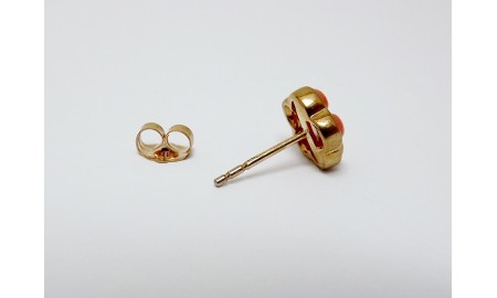 9ct Gold Coral Stud Earrings