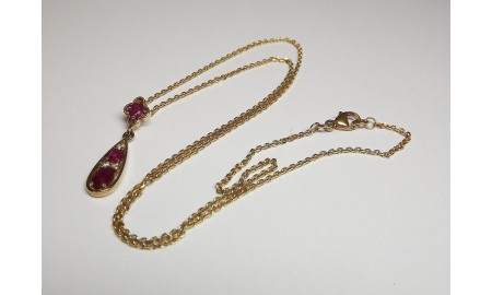 Pre-owned 9ct Gold Ruby & Diamond Pendant