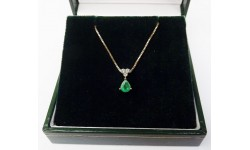 18ct Gold Emerald & Diamond Pendant