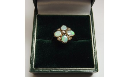 Pre-owned 9ct Gold Opal & Diamond Dress Ring