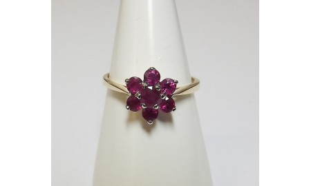9ct Gold Ruby Flower Ring