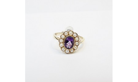 9ct Gold Amethyst & Pearl Ring