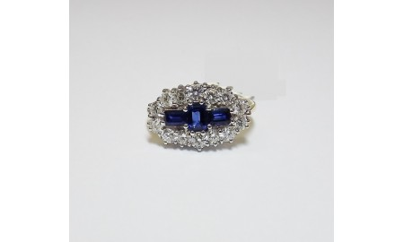 Pre-owned 18ct Gold Sapphire & Diamond Dress Ring