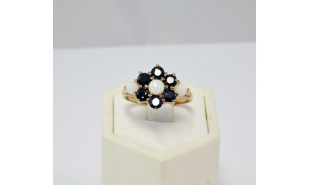 9ct Gold Sapphire & Opal Ring