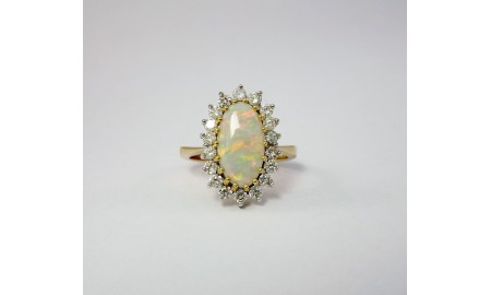 Pre-owned 18ct Gold Opal & Diamond Dress Ring
