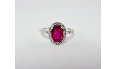 Pre-owned 18ct White Gold Ruby & Diamond Dress Ring