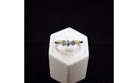 Pre-owned 18ct Gold Diamond Trilogy Ring
