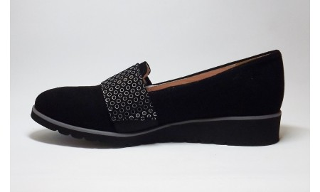 Gamis Black Suede Loafer